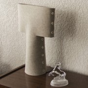 MCD108010101 sleeve table lamp red seam 36